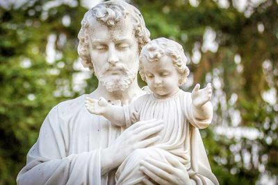 Saint Joseph with Child Jesus Statue
